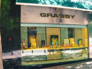 Grassy luxury shopping in Madrid
