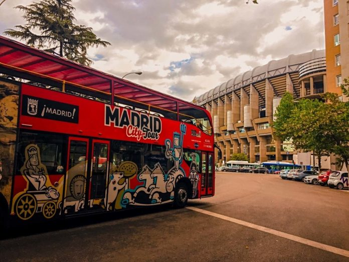 Madrid City tours bus to discover city